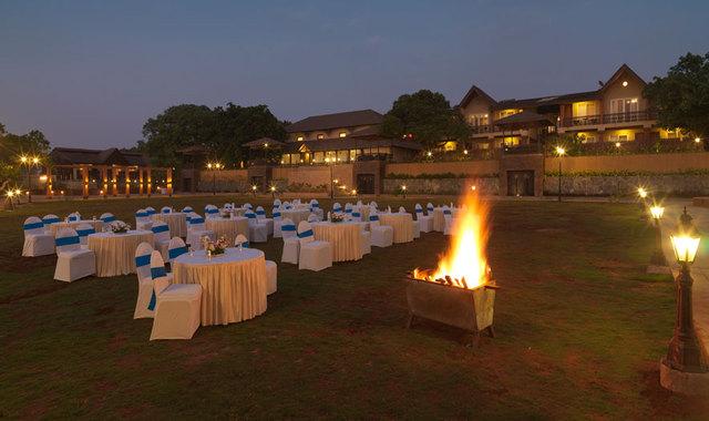 lawn-bonfire-big