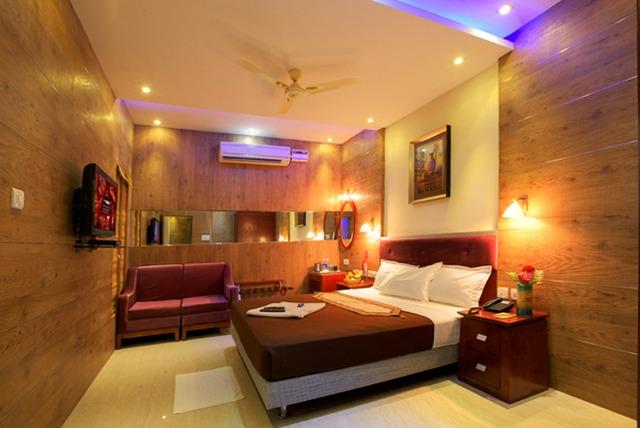 Hotel_Akshay_Inn_1.jpg