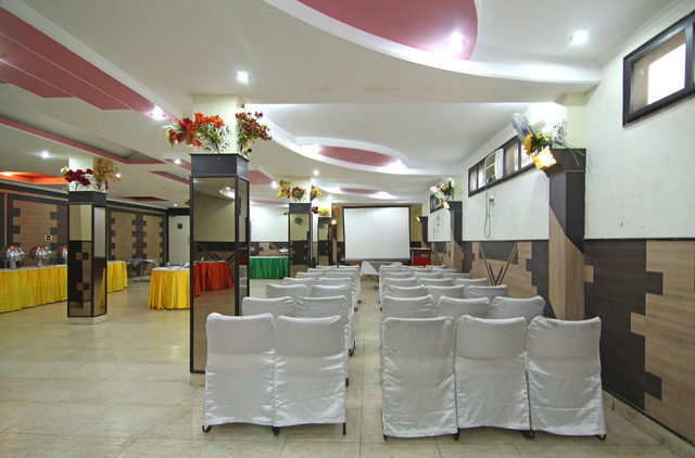 Conference_Hall__4