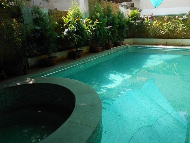 swimming_9001-1