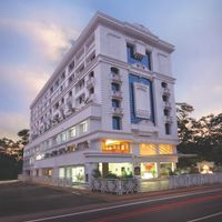 5 Star 4 0 Of Hotel Airlink Castle Cochin International Airport