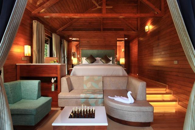 TheTamaraCoorg-Luxury-cottage-bedroom
