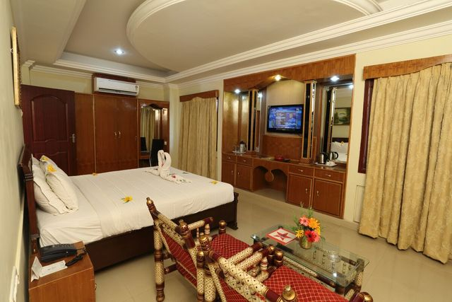 Hotel Star Residency, Tanjore  Room rates, Reviews & DEALS