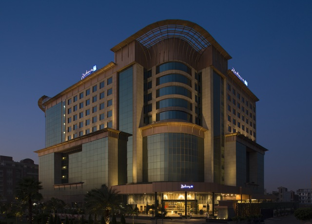 Country inn suites by radisson sahibabad distt - Swimming pool in vaishali ghaziabad ...
