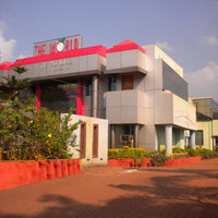 2Exterior-The-World-Barbil-Hotel