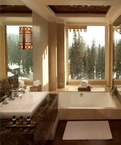 Bathroom_Shot