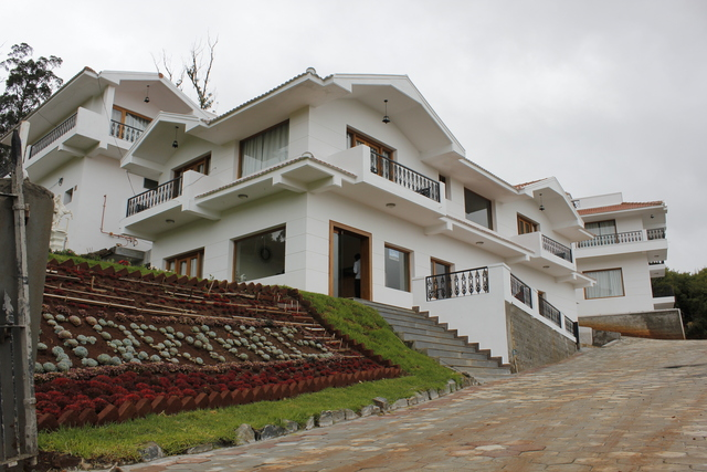 berry hills resort ooty use coupon code hotels get 10. Black Bedroom Furniture Sets. Home Design Ideas