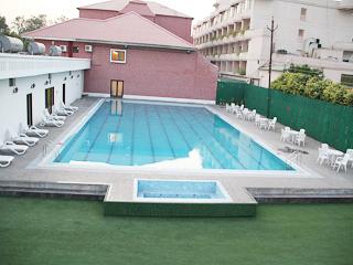 Swiming_Pool