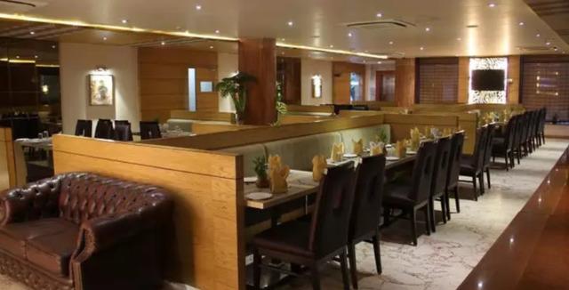 restaurant_parazzio