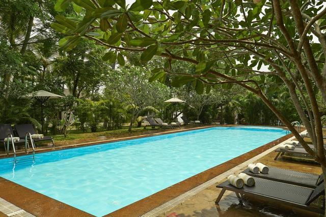 club-mahindra-ashtamudi-kollam-pool-28667346fs