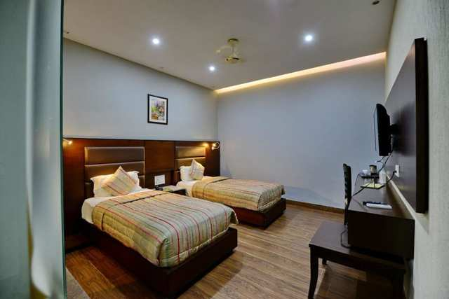 Hotel Tng Patiala Room Rates Reviews Amp Deals