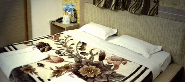Hotel_The_Grand_Pritam_2.jpg
