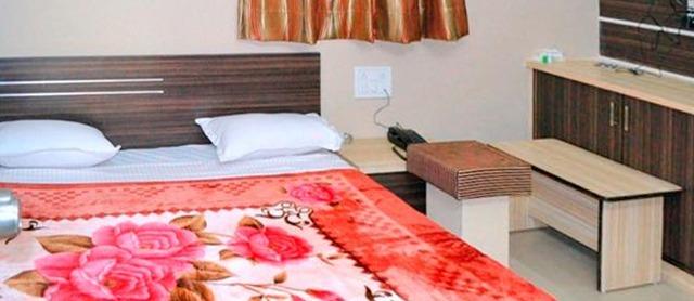 Hotel_The_Grand_Pritam_8.jpg