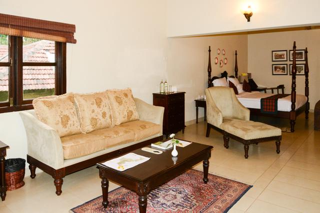 English_Cottage_Room_(2)