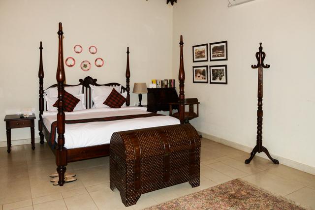 English_Cottage_Room_(3)
