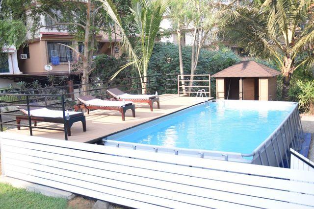 Swimming_pool.......