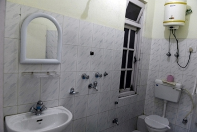Renam_Bathroom