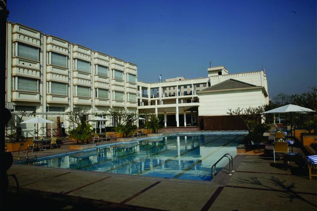 Treehouse Hotel Club And Spa Bhiwadi Room Rates Reviews