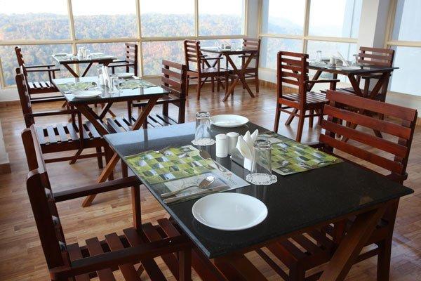 phoca_thumb_l_restaurant1