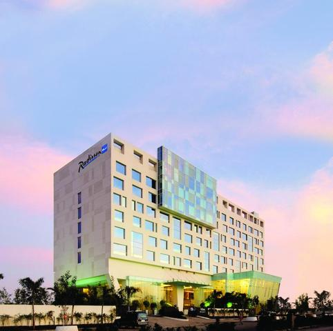 Radisson Blu Hotel Pune Kharadi Pune Room Rates Reviews