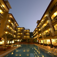 Deltin_Suites_Poolside_View