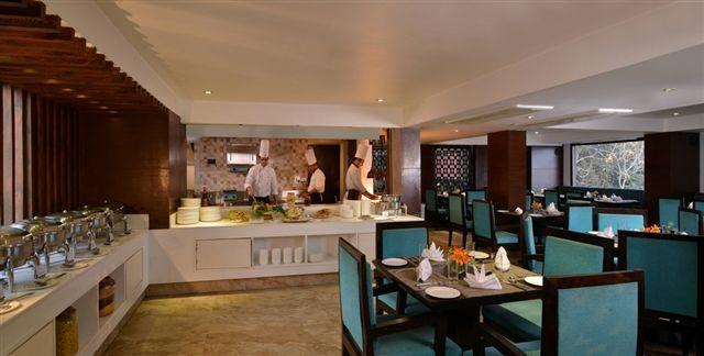 15_Restaurant_4_CF_SH
