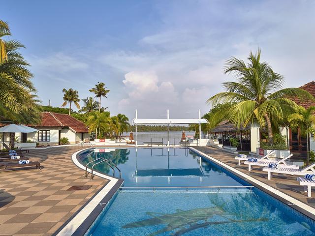 Club mahindra cherai beach kochi room rates reviews deals - Club mahindra kandaghat swimming pool ...