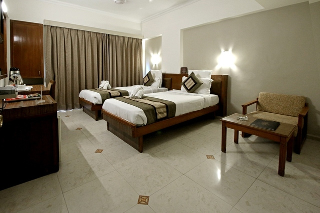 Deluxe_Twin_Bed