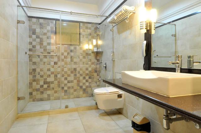 suitbathroom8
