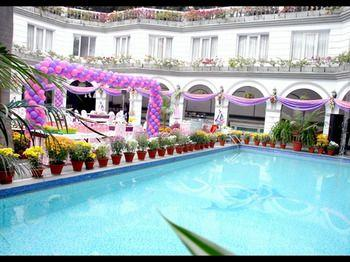 grand continental hotel allahabad room rates reviews deals rh cleartrip com