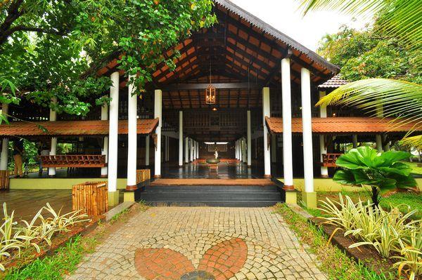 Punnamada Backwater Resort Alleppey Room Rates Reviews
