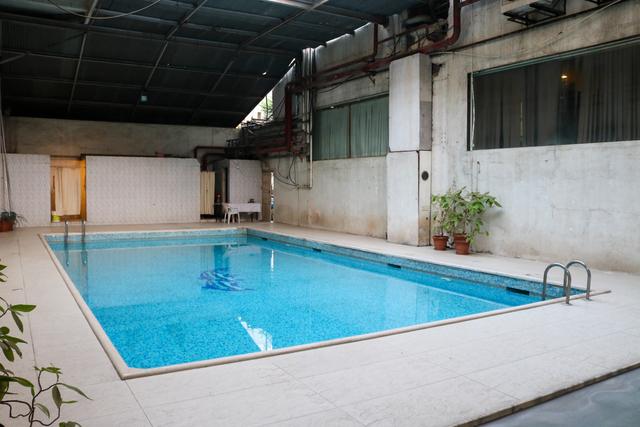 Hotel windsor castle aurangabad room rates reviews deals - Hotels in windsor uk with swimming pool ...