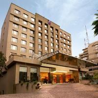 5 Star 3 Of The Chancery Pavilion Mg Road Bangalore