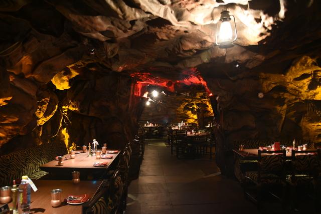 Gufa_Restaurant_(7)