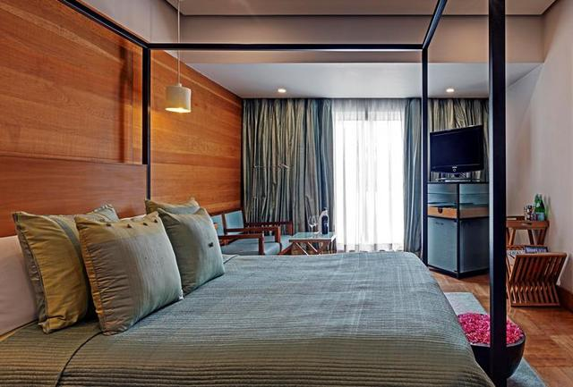 Premier_Suite_Bed_Room_1