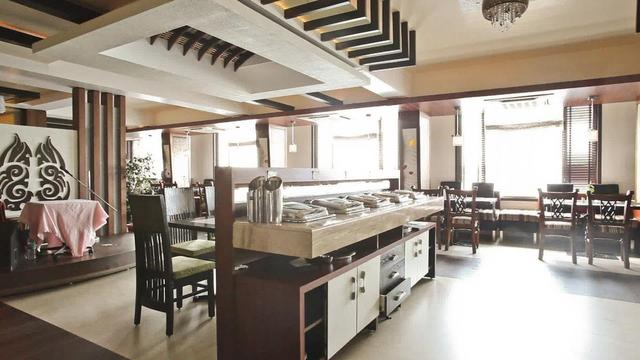 hotel-ranjits-lakeview-bhopal-restaurant-28671226fs