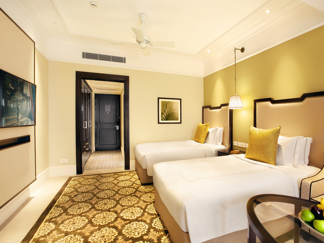 Luxury_Room_Twin_Bed