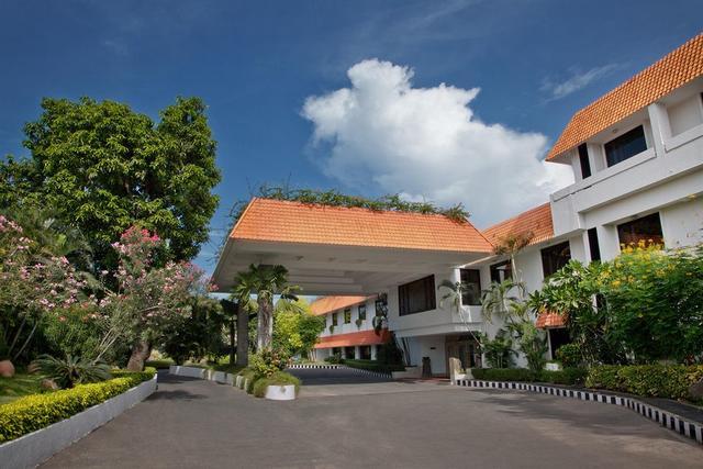 Trident Chennai Chennai Room Rates Reviews Amp Deals