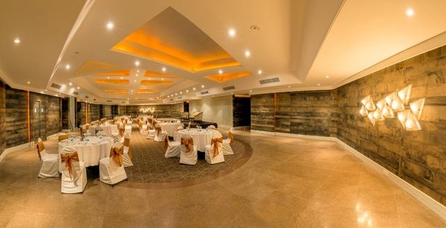 Banquet_Hall_1
