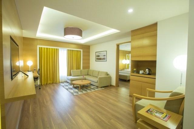 Suite001