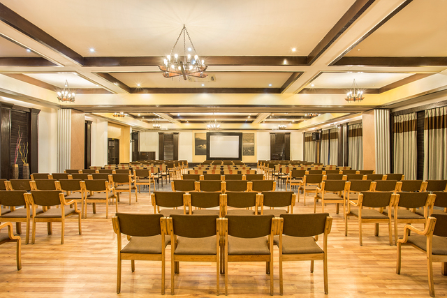 Conference_Hall_pic_2