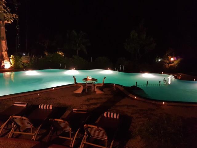 Pool_(2)