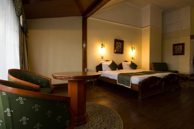 Clubroom3