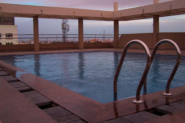 swimmingpoolgallery2