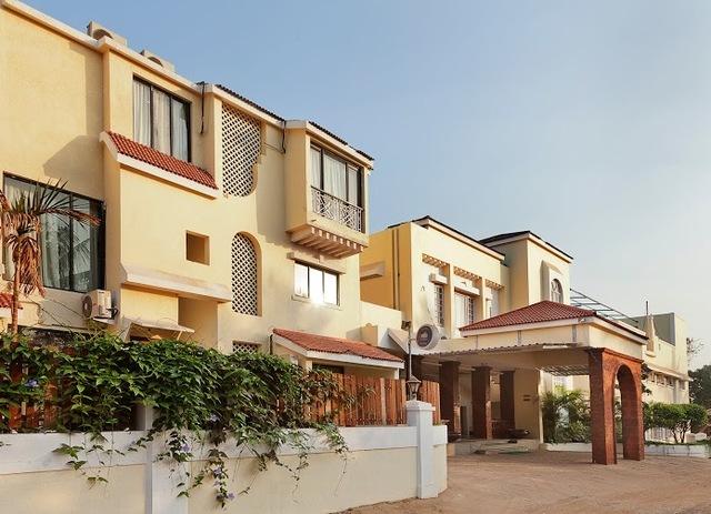 06_Goa_-_Club_Estadia__Resort_Exteriors_(8)