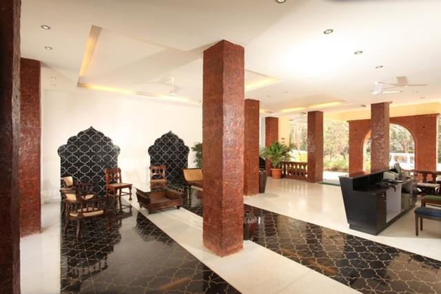 Front_Office02__Goa_-Club_Estadia_-_201208