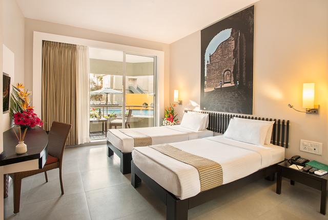 Balcony_Rooms