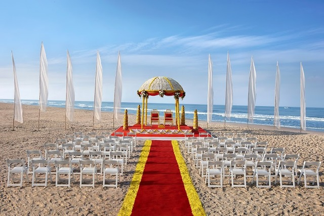 9_-_Beach_Wedding_Setup