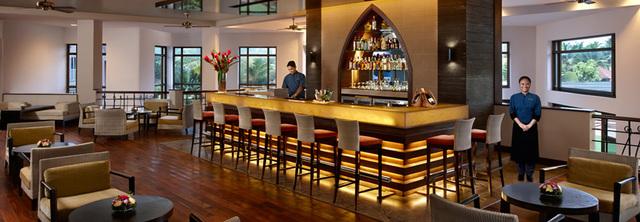 lobby-bar-goa