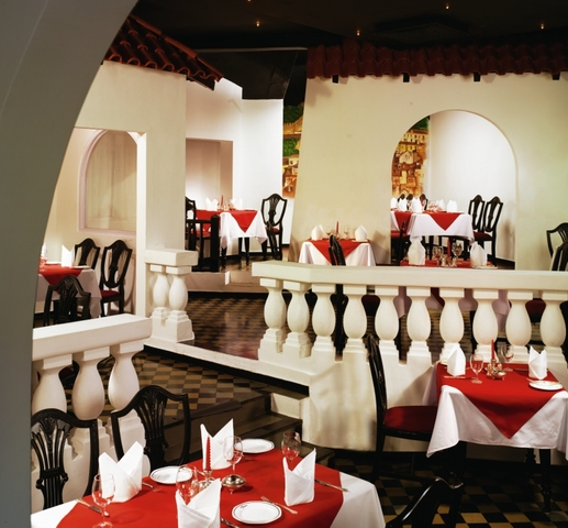 Alfama-_The_Chef_Specialty_Dining